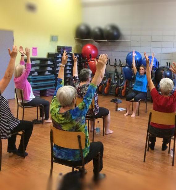 Centre de conditionnement physique Espace pleine Forme Alexandra Yerly Yoga sur chaise